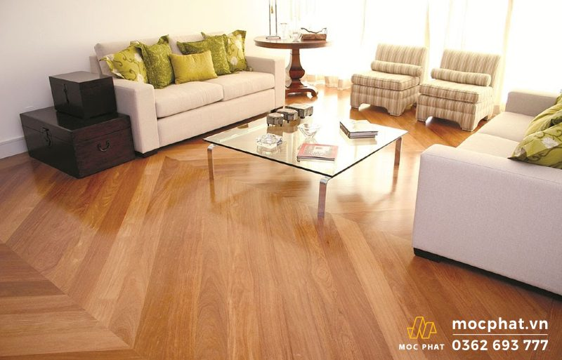 Sàn gỗ Teak Myanmar bóng, đẹp