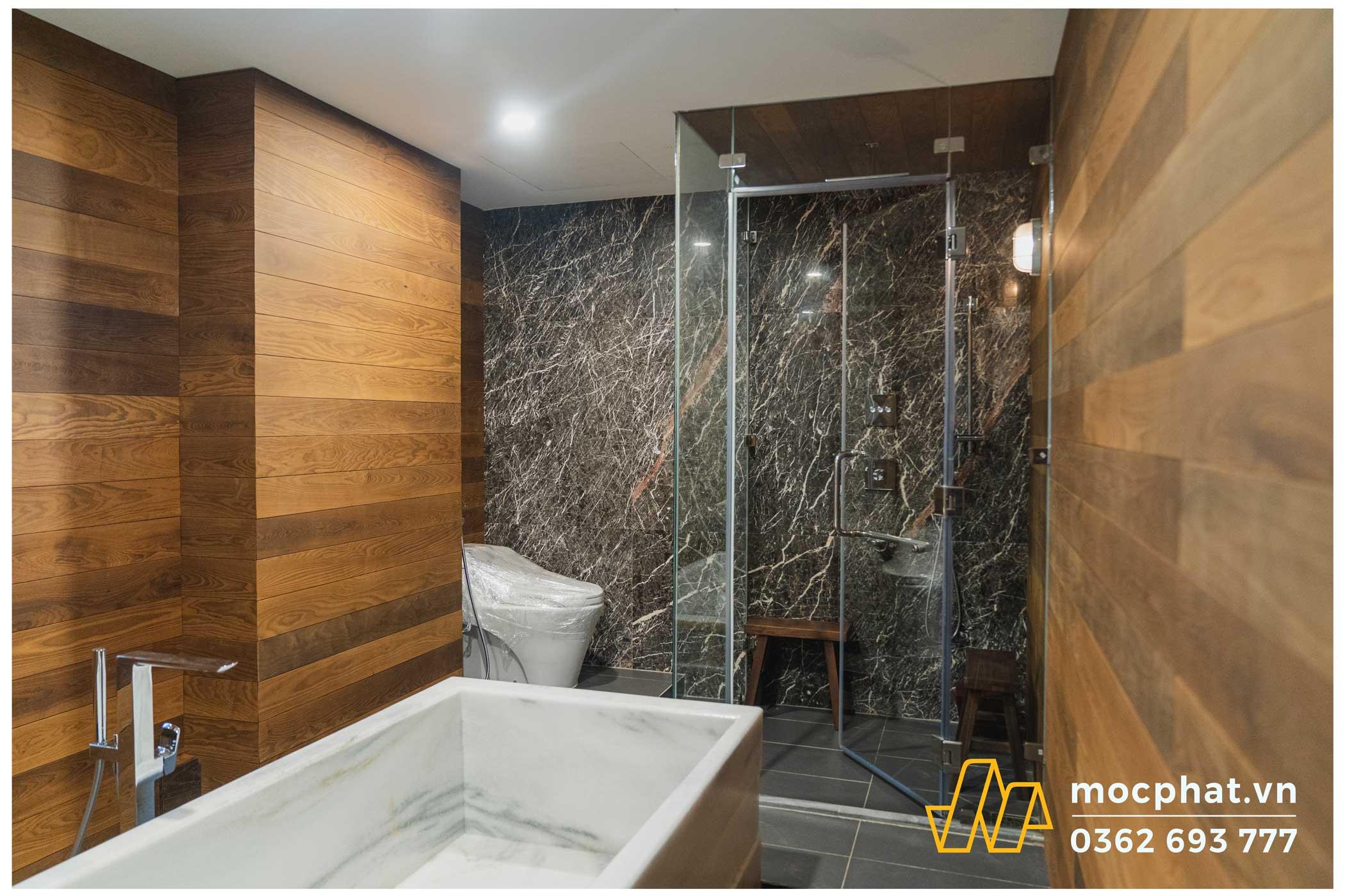 Hình ảnh hoàn thành công trình thi công ốp tường phòng tắm
