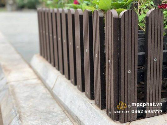 Hàng rào gỗ nhựa sân vườn