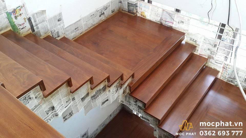 mặt cầu thang gỗ hương