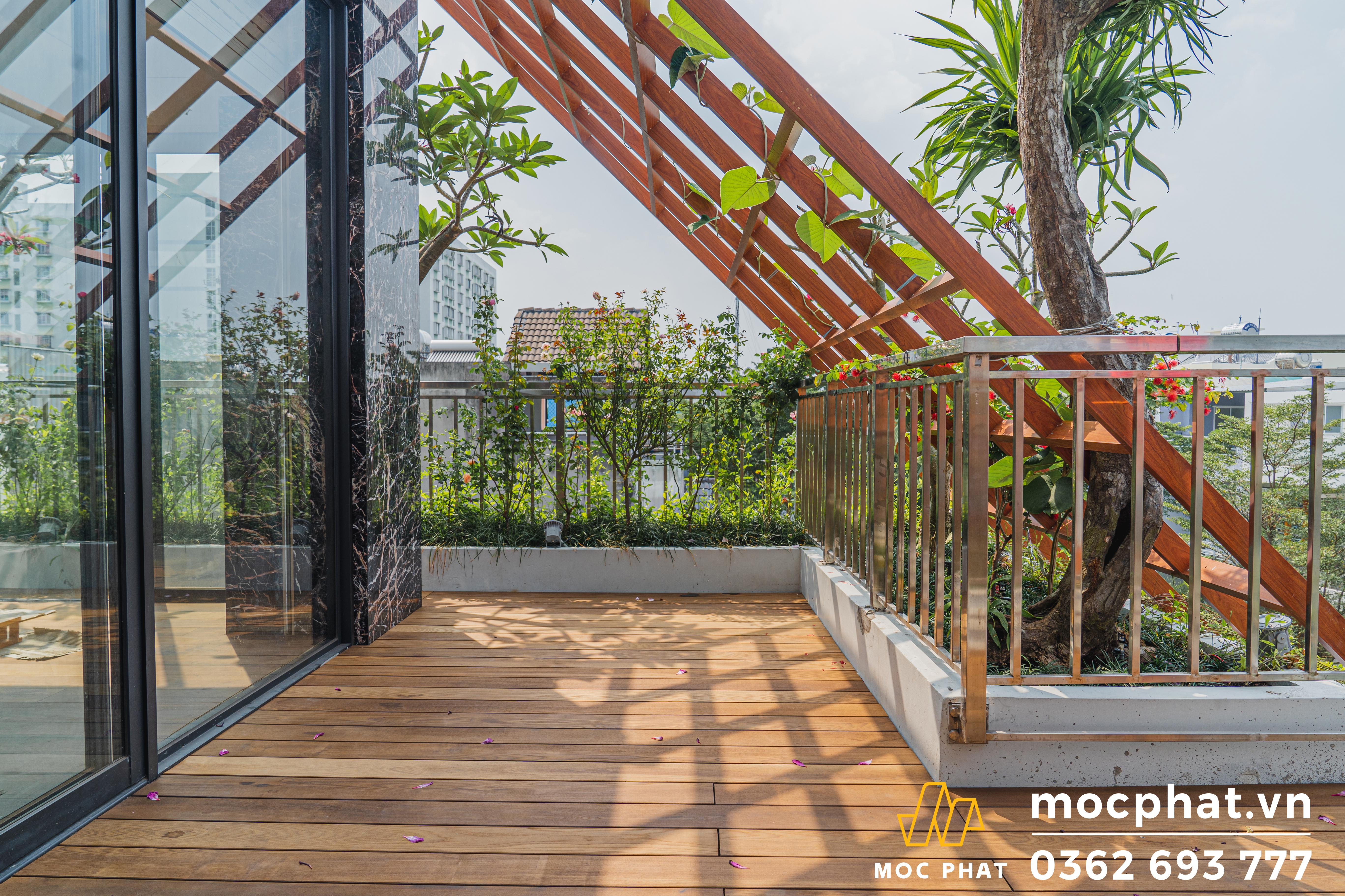 sàn gỗ sân thượng