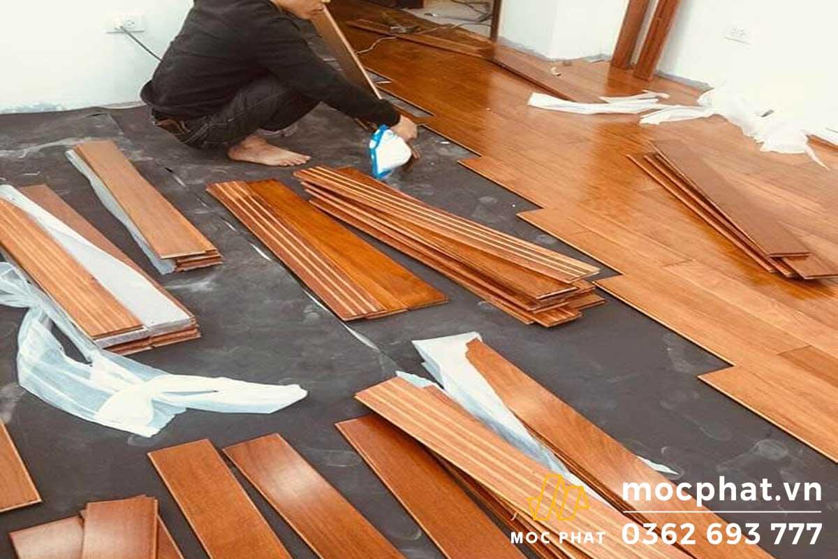 Lát sàn gỗ tự nhiên trên khung xương gỗ
