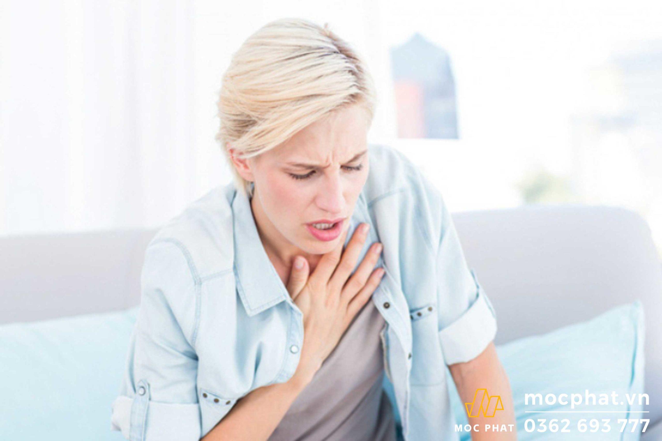 Hít phải formaldehyde có thể gây khó thở