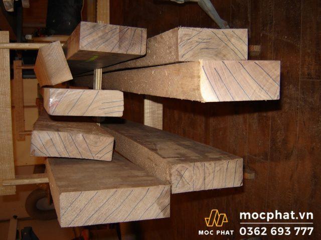 chiều dài gỗ accoya