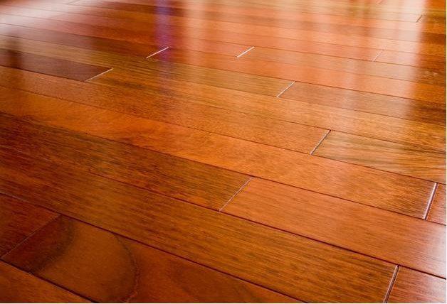 Sàn gỗ Đinh Hương tự nhiên