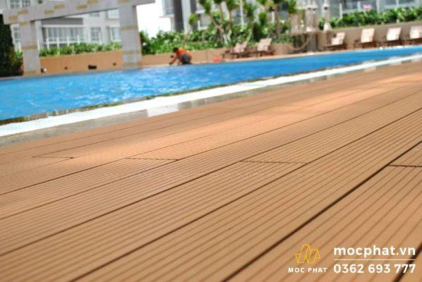 Sàn gỗ tự nhiên cho hồ bơi