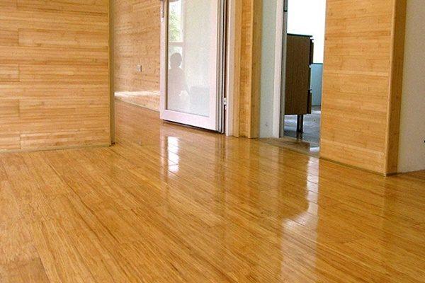 Giá sàn gỗ tre hiện nay