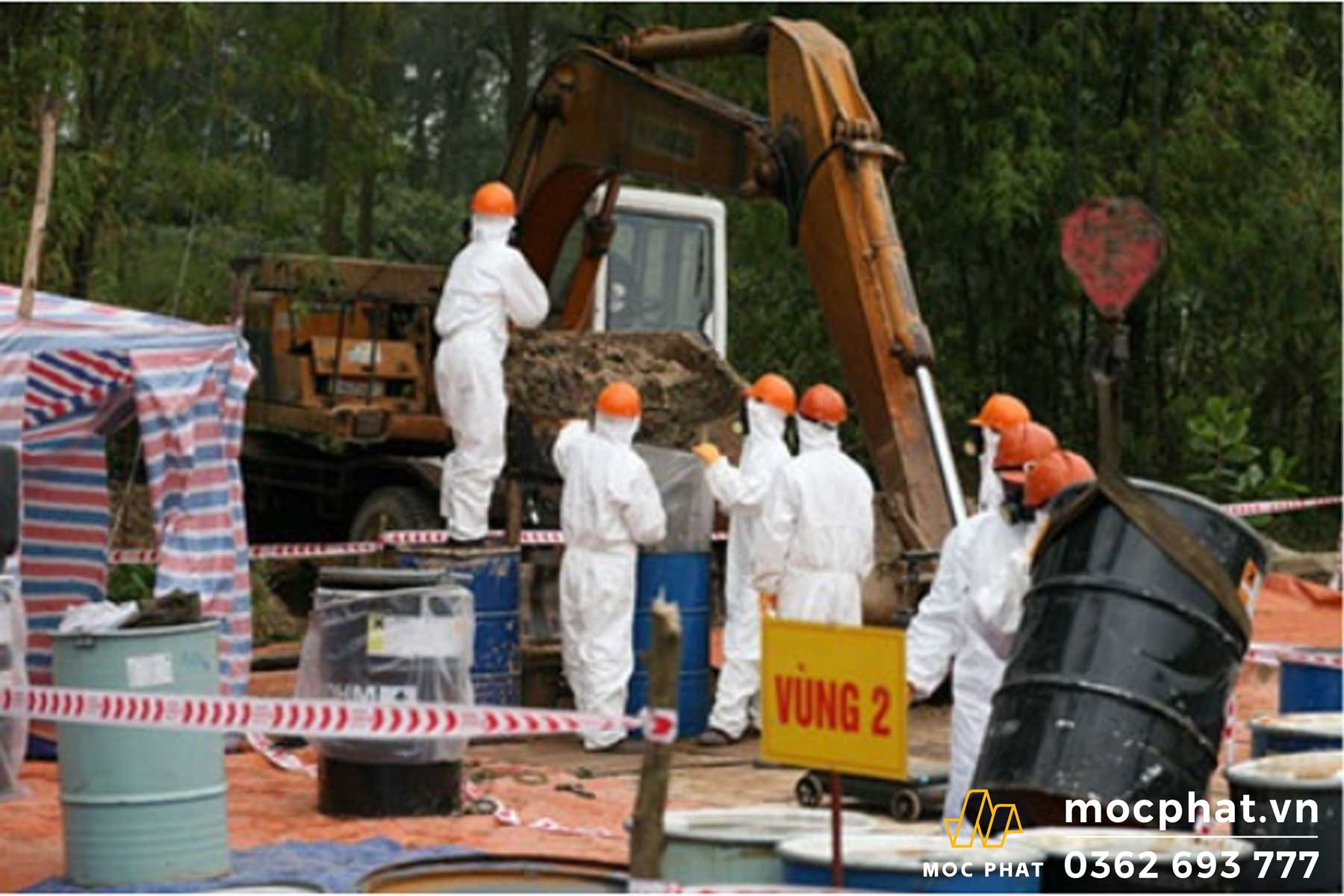 Thùng chứa hóa chất độc hại được xử lý đảm bảo an toàn sức khỏe con người