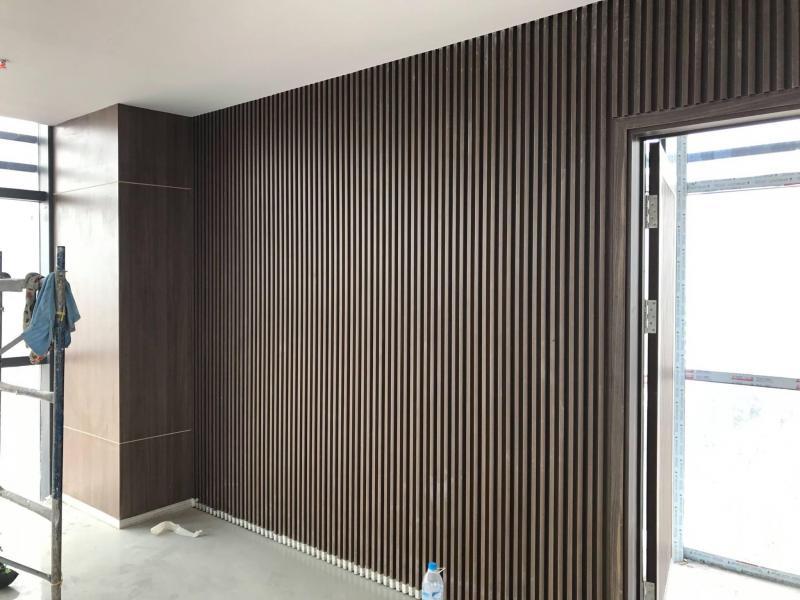 Nhựa giả gỗ ốp tường