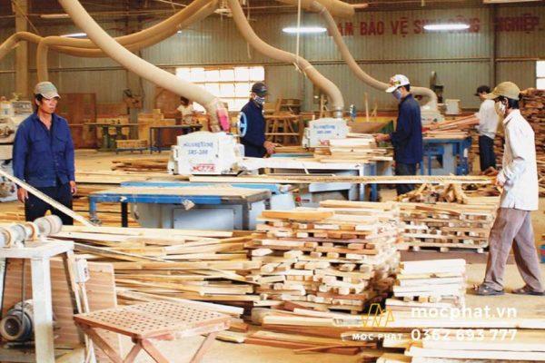 Xưởng chuyên đóng đồ gỗ