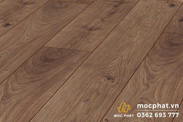 Sàn gỗ Kronotex có tông màu châu Âu sang trọng với mặt vân gỗ đa dạng