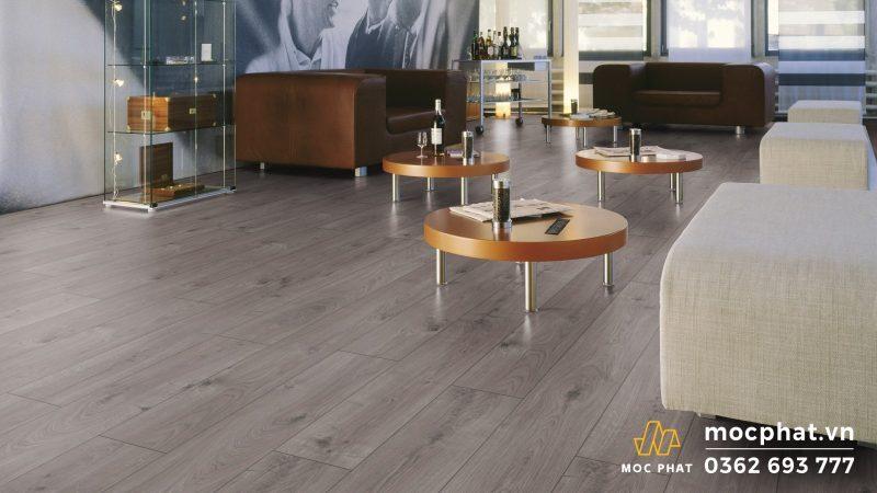 Sàn gỗ Kronotex mang đến không gian hiện đại và sang trọng