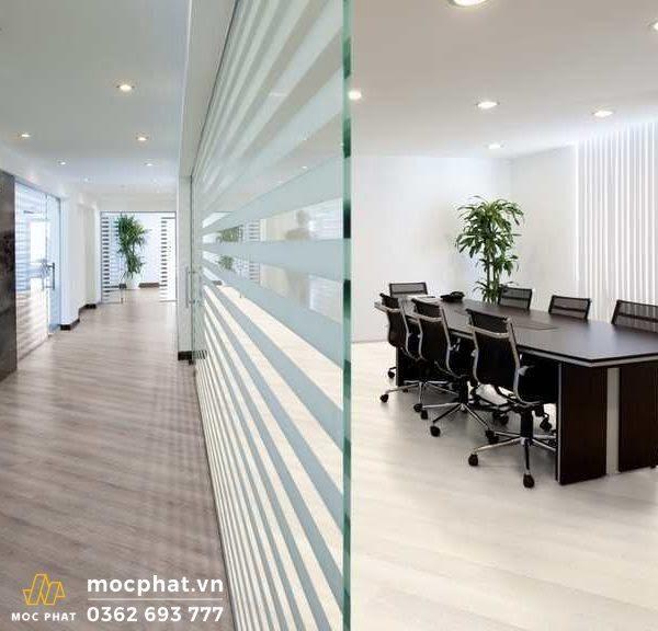 Sàn gỗ Kronoswiss được sử dụng cho cả sàn nhà và văn phòng