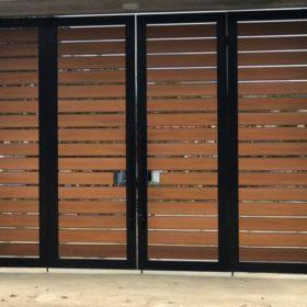 cổng gỗ nhựa
