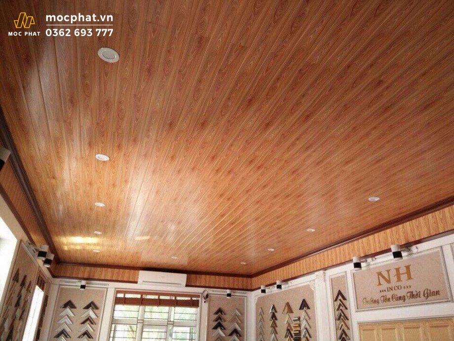 Trần gỗ xoan đào