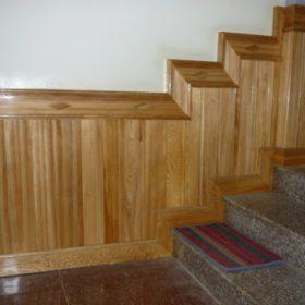 mẫu ốp gỗ chân tường