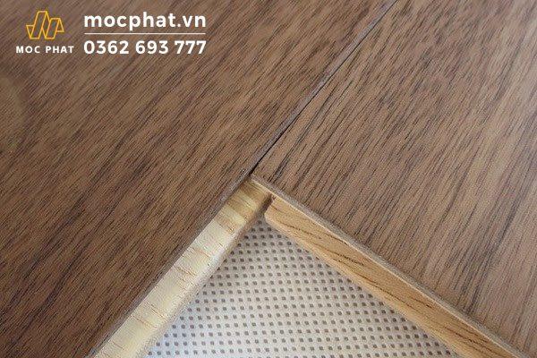 Sàn gỗ óc chó kỹ thuật 2 lớp ghép mặt