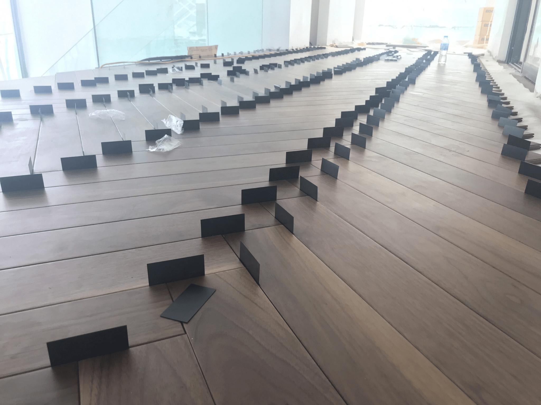 Sàn gỗ óc chó nguyên khối