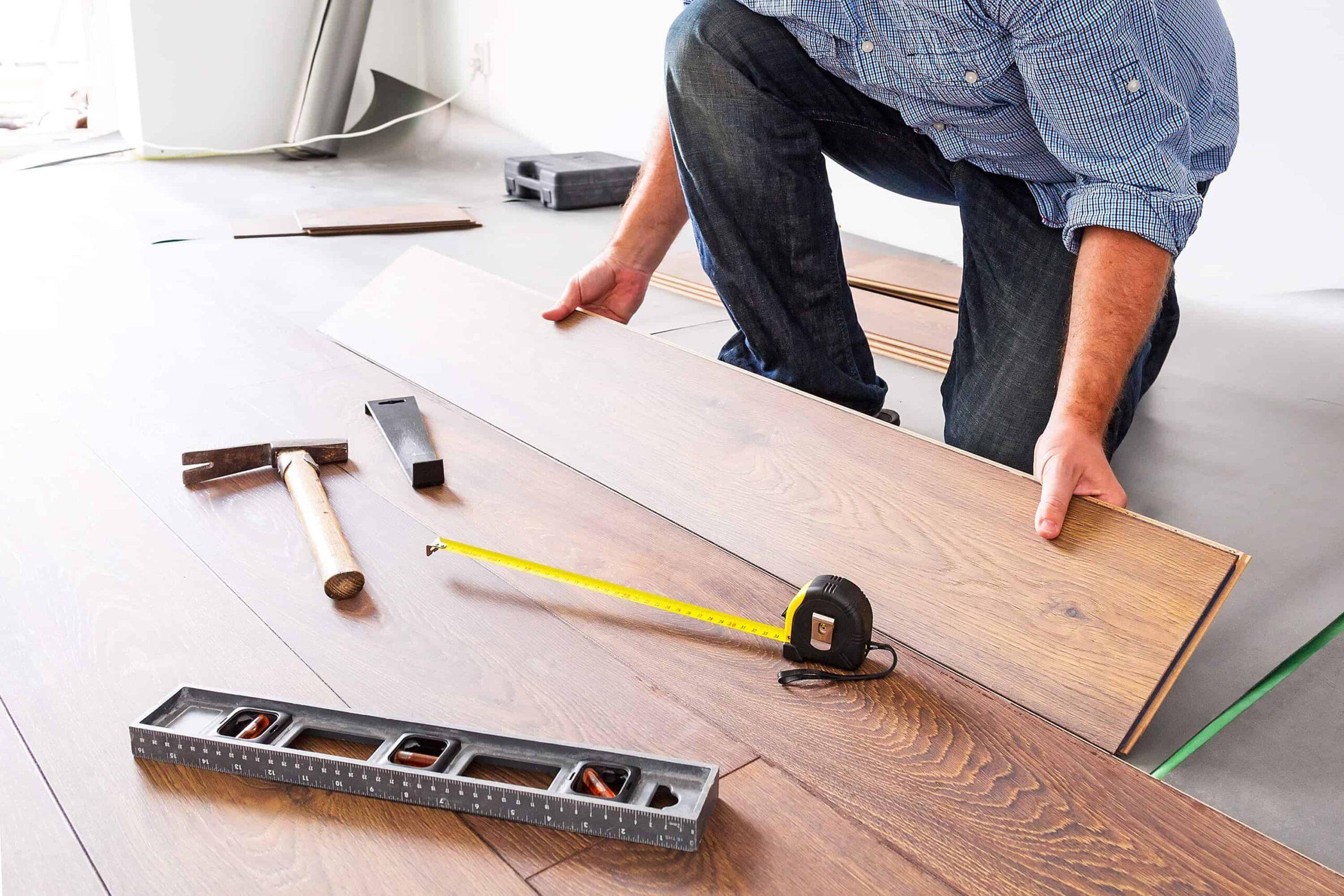 Một số công cụ cần chuẩn bị để lắp đặt sàn gỗ Teak