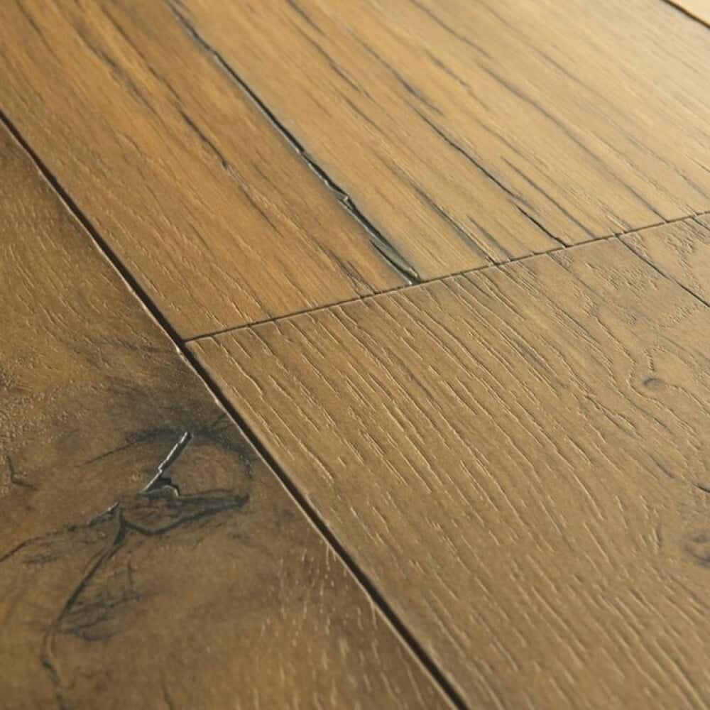 Sàn gỗ bị nứt gãy