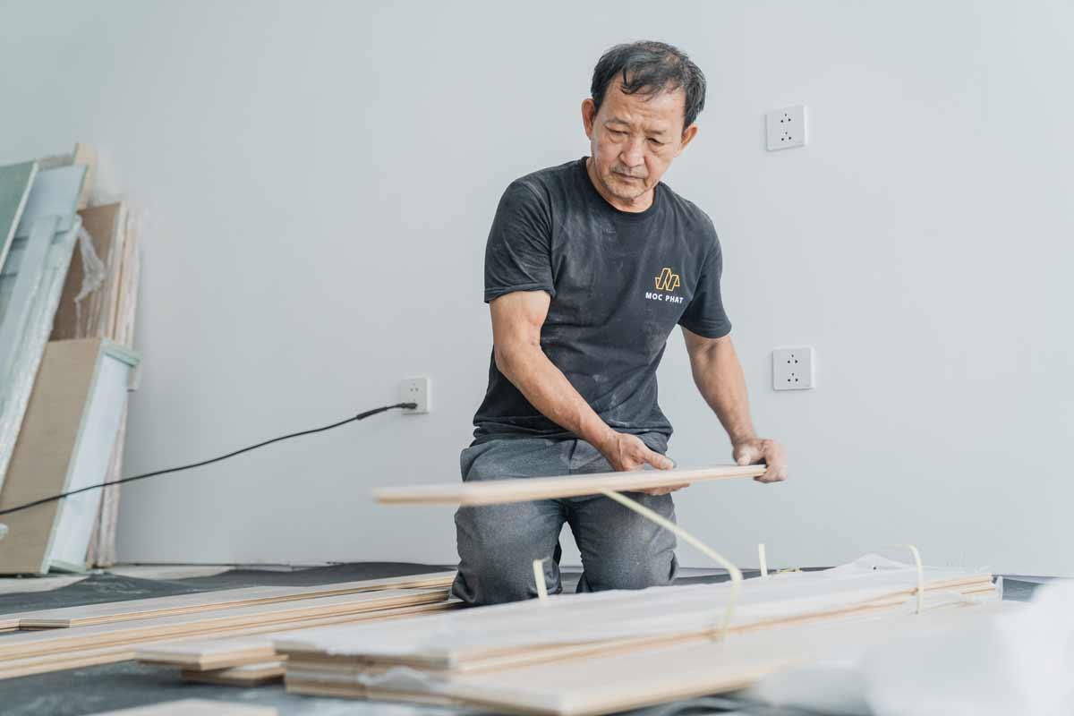 Hình minh họa xưởng gia công sàn gỗ mộc phát