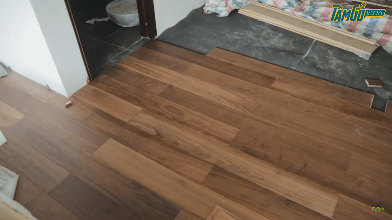Lắp sàn kiểu chữ Công