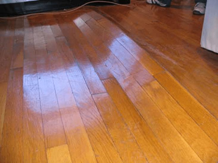 Nguyên nhân dẫn đến sàn gỗ bị phồng