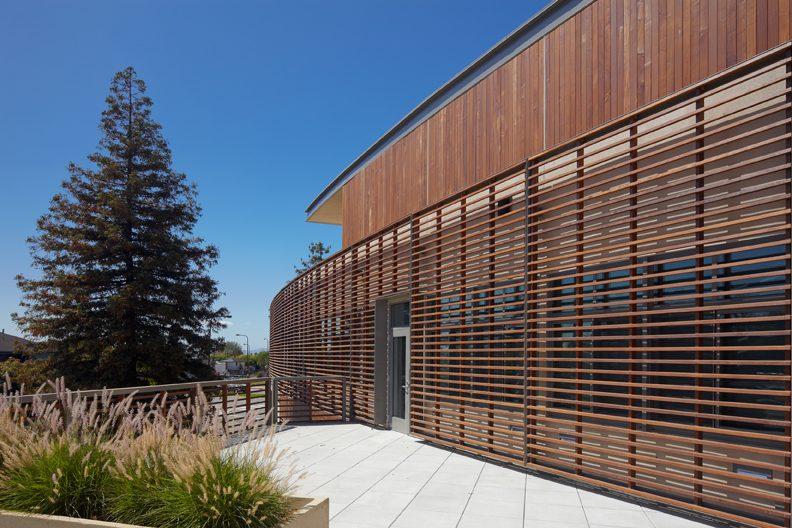 Nhược điểm của gỗ nhựa composite