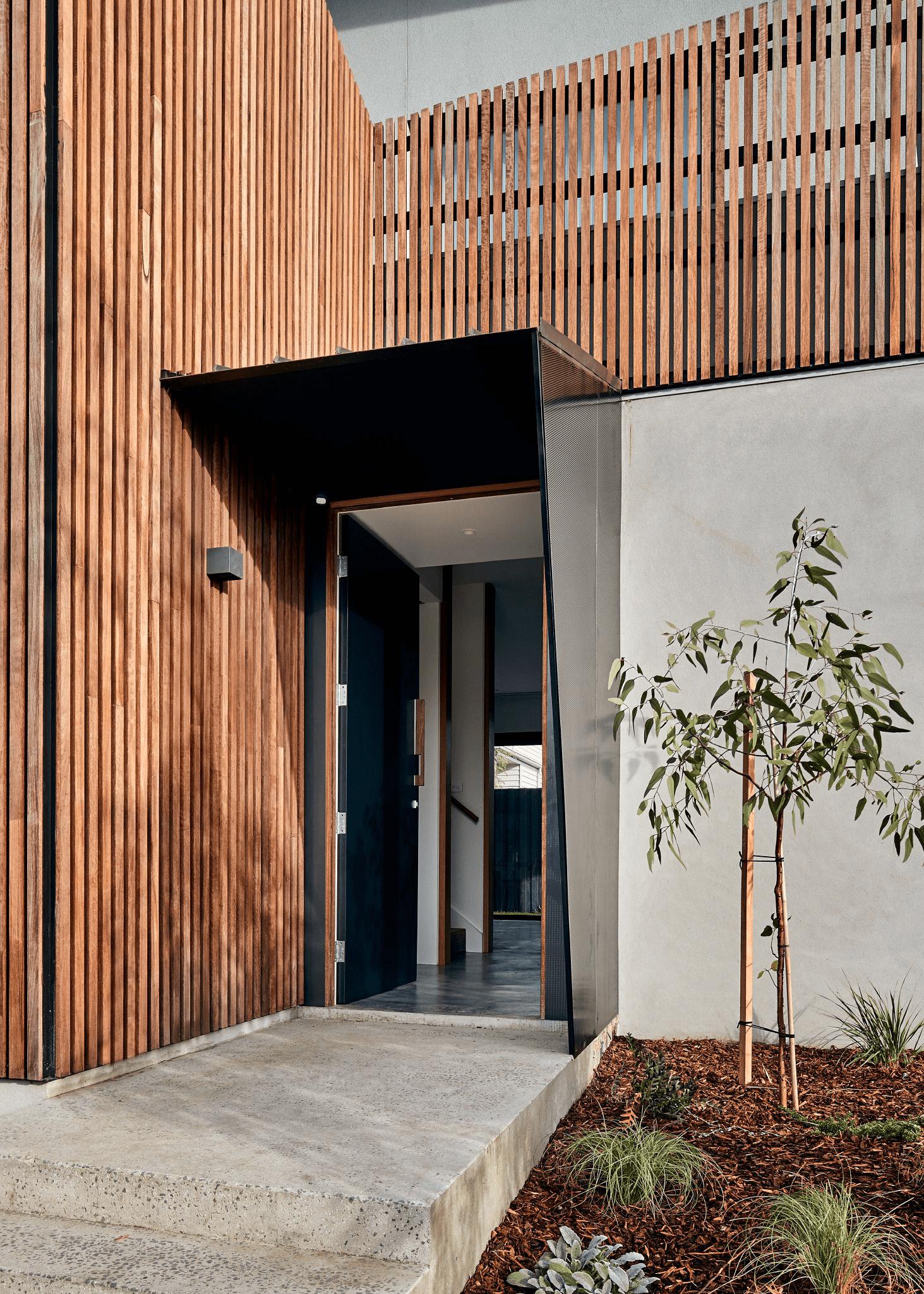 Lam gỗ bền và thân thiện với môi trường