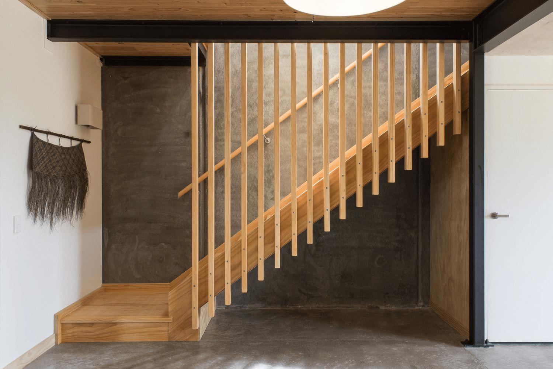 Top 5 mẫu lam gỗ trang trí cầu thang đẹp được ưa chuộng 2020