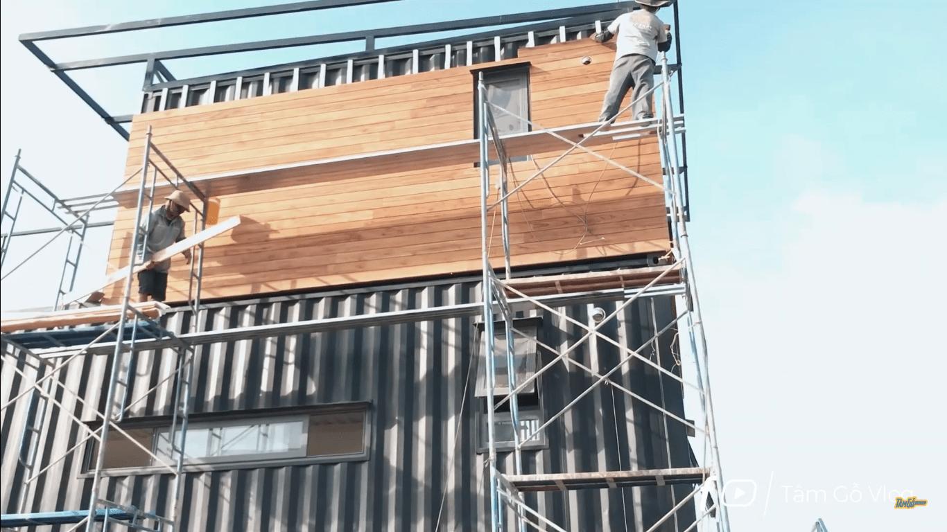 ốp tường bằng gỗ tự nhiên