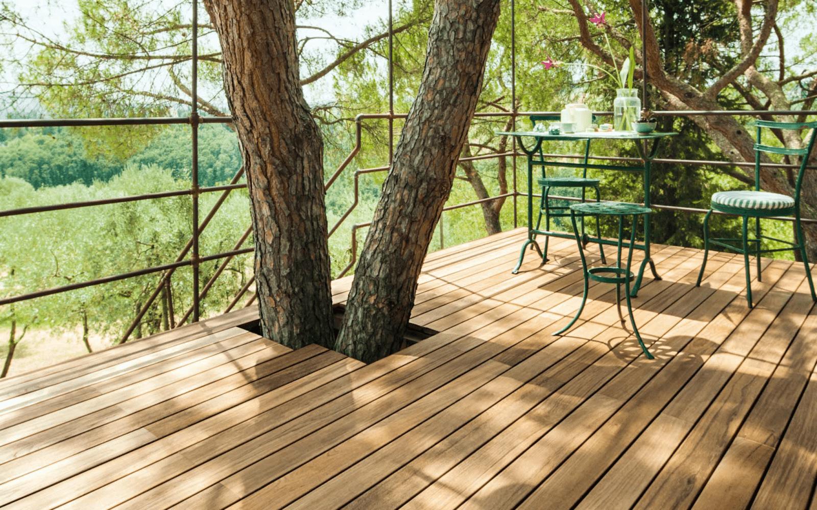 Sàn gỗ Teak phù hợp cho không gian ngoài trời