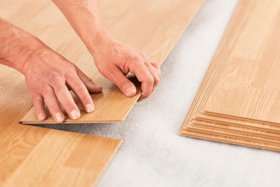 Không nhất thiết phải cài đặt lớp lót cho sàn gỗ kỹ thuật