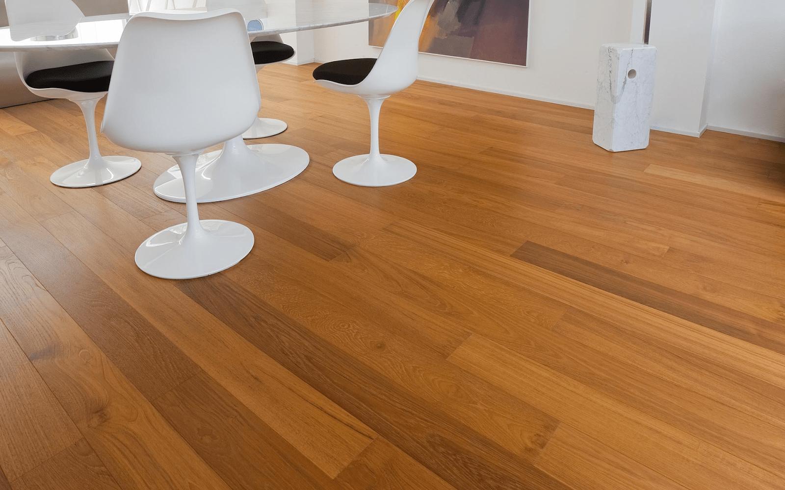 Vì chất lượng tốt mà giá của sàn gỗ Teak cũng khá cao