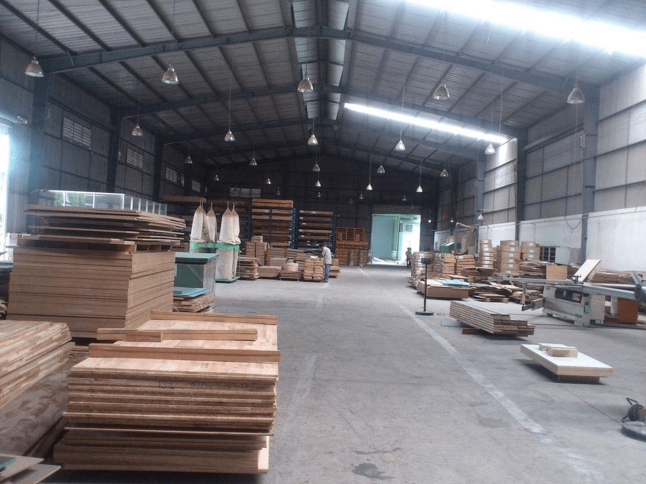 Xưởng sản xuất đồ gỗ nội thất Mộc Decor